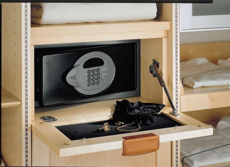 сейф для квартиры