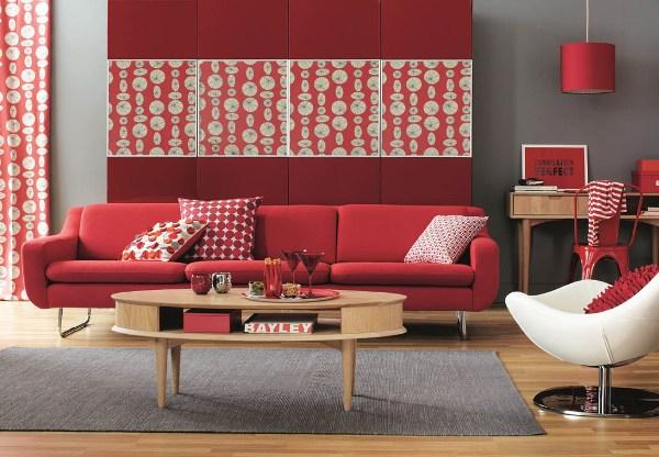 красный цвет в гостинной